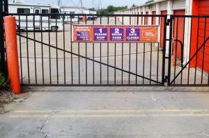 Image of Public Storage - Warren - 24455 Schoenherr Road Facility on 24455 Schoenherr Road  in Warren, MI - View 4