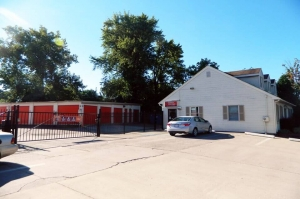 Public Storage - Springfield - 351 Parker Street - Photo 1