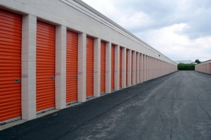 Image of Public Storage - Troy - 1315 Chicago Road Facility on 1315 Chicago Road  in Troy, MI - View 2