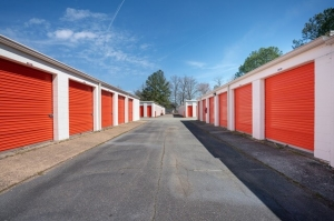 Image of Public Storage - Yorktown - 7430 George Washington Memorial Hwy Facility on 7430 George Washington Memorial Hwy  in Yorktown, VA - View 2