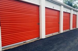 Image of Public Storage - Farmington - 34050 W 9 Mile Road Facility on 34050 W 9 Mile Road  in Farmington, MI - View 2