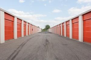 Image of Public Storage - Royal Oak - 5060 Coolidge Highway Facility on 5060 Coolidge Highway  in Royal Oak, MI - View 2