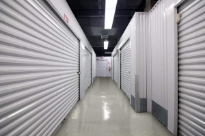 Image of Public Storage - Rockville Centre - 484 Sunrise Hwy Facility on 484 Sunrise Hwy  in Rockville Centre, NY - View 2