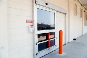 Image of Public Storage - Long Island City - 3204 Northern Blvd Facility on 3204 Northern Blvd  in Long Island City, NY - View 4