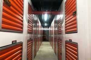 Image of Public Storage - Long Island City - 3204 Northern Blvd Facility on 3204 Northern Blvd  in Long Island City, NY - View 2