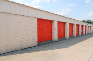 Image of Public Storage - Cincinnati - 9660 Colerain Ave Facility on 9660 Colerain Ave  in Cincinnati, OH - View 2