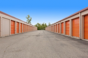 Image of Public Storage - Flint - 5180 S Dort Hwy Facility on 5180 S Dort Hwy  in Flint, MI - View 2