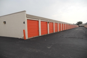 Image of Public Storage - Taylor - 9300 Pelham Road Facility on 9300 Pelham Road  in Taylor, MI - View 2