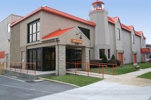 Image of Public Storage - Falls Church - 400 North Roosevelt Blvd Facility at 400 North Roosevelt Blvd  Falls Church, VA