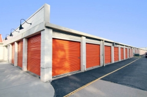 Image of Public Storage - Commack - 5052 Jericho Turnpike Facility on 5052 Jericho Turnpike  in Commack, NY - View 2