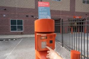 Public Storage - Waltham - 945 Moody St - Photo 5