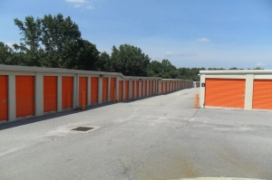 Image of Public Storage - Florence - 2201 2nd Loop Rd Facility on 2201 2nd Loop Rd  in Florence, SC - View 2