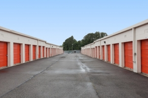 Image of Public Storage - Springfield - 7150 Fullerton Road Facility on 7150 Fullerton Road  in Springfield, VA - View 2