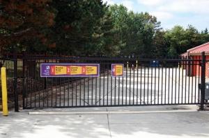Image of Public Storage - Herndon - 466 Herndon Parkway Facility on 466 Herndon Parkway  in Herndon, VA - View 4