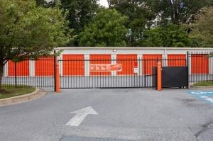 Image of Public Storage - Gaithersburg - 501 E Diamond Ave Facility on 501 E Diamond Ave  in Gaithersburg, MD - View 4