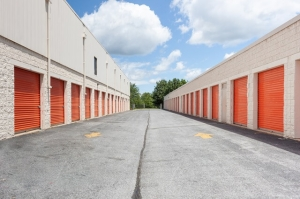 Image of Public Storage - Gaithersburg - 501 E Diamond Ave Facility on 501 E Diamond Ave  in Gaithersburg, MD - View 2