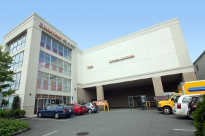 Public Storage - Everett - 140 Broadway - Photo 1