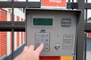 Public Storage - Huntsville - 2902 Drake Ave SW - Photo 5
