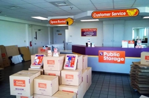 Image of Public Storage - Cordova - 1546 N Germantown Pkwy Facility on 1546 N Germantown Pkwy  in Cordova, TN - View 3