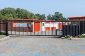 Image of Public Storage - Hampton - 3036 N Armistead Ave Facility on 3036 N Armistead Ave  in Hampton, VA - View 4