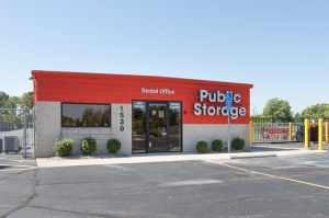 Public Storage - Brownsburg - 1530 W Northfield Dr - Photo 1