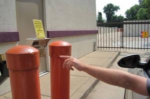 Public Storage - Memphis - 2878 Covington Pike - Photo 5