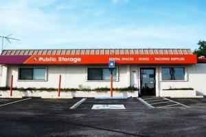 Image of Public Storage - Nashville - 424 Metroplex Drive Facility at 424 Metroplex Drive  Nashville, TN