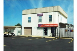 Image of Public Storage - Mobile - 6200 Grelot Road Facility at 6200 Grelot Road  Mobile, AL
