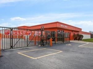 Image of Public Storage - Naperville - 1556 West Ogden Ave Facility on 1556 West Ogden Ave  in Naperville, IL - View 4