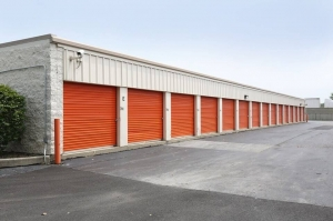 Image of Public Storage - Lansing - 2115 Bernice Road Facility on 2115 Bernice Road  in Lansing, IL - View 2