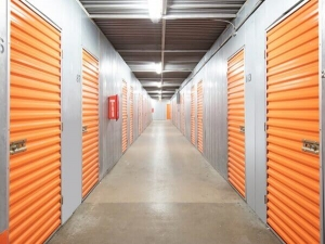 Image of Public Storage - Chicago - 5643 N Broadway St Facility on 5643 N Broadway St  in Chicago, IL - View 2