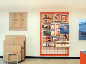 Image of Public Storage - Chicago - 7455 South Pulaski Road Facility on 7455 South Pulaski Road  in Chicago, IL - View 3