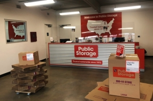 Public Storage - St Louis - 1150 S 3rd Street - Photo 3
