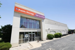 Image of Public Storage - Lombard - 2399 S Finley Road Facility at 2399 S Finley Road  Lombard, IL