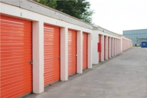 Image of Public Storage - Oklahoma City - 2120 NW 40th St Facility on 2120 NW 40th St  in Oklahoma City, OK - View 2