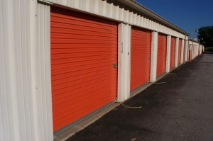Image of Public Storage - Kansas City - 9104 East 47th Street Facility on 9104 East 47th Street  in Kansas City, MO - View 2