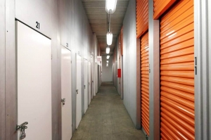 Image of Public Storage - Chicago - 1129 N Wells Street Facility on 1129 N Wells Street  in Chicago, IL - View 2