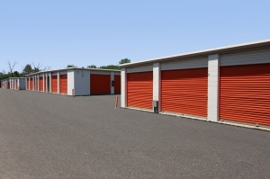 Image of Public Storage - Lombard - 412 W North Ave Facility on 412 W North Ave  in Lombard, IL - View 2
