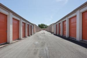 Image of Public Storage - Kansas City - 5601 E 112th Terrace Facility on 5601 E 112th Terrace  in Kansas City, MO - View 2