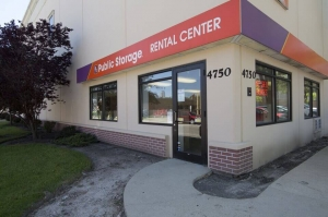 Image of Public Storage - Harwood Heights - 4750 N Ronald Street Facility at 4750 N Ronald Street  Harwood Heights, IL