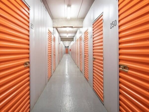 Public Storage - Chicago - 2835 North Western Ave - Photo 2