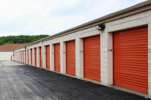 Public Storage - Milwaukee - 7415 West Dean Road - Photo 2