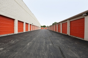 Image of Public Storage - Chicago - 2351 N Harlem Ave Facility on 2351 N Harlem Ave  in Chicago, IL - View 2