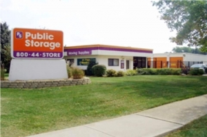 Public Storage - Roselle - 1295 W Lake Street - Photo 1