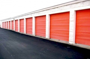 Image of Public Storage - St Charles - 3777 Veterans Memorial Pkwy Facility on 3777 Veterans Memorial Pkwy  in St Charles, MO - View 2