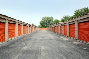 Public Storage - Bolingbrook - 200 Brook Court - Photo 2
