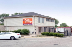 Public Storage - Bolingbrook - 200 Brook Court - Photo 1