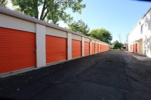 Image of Public Storage - Streamwood - 1550 Old Church Road Facility on 1550 Old Church Road  in Streamwood, IL - View 2