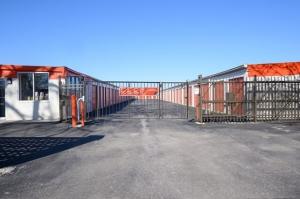 Public Storage - Skokie - 8050 McCormick Blvd - Photo 4