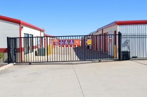 Image of Public Storage - Lawton - 602 SW 82nd St Facility on 602 SW 82nd St  in Lawton, OK - View 4